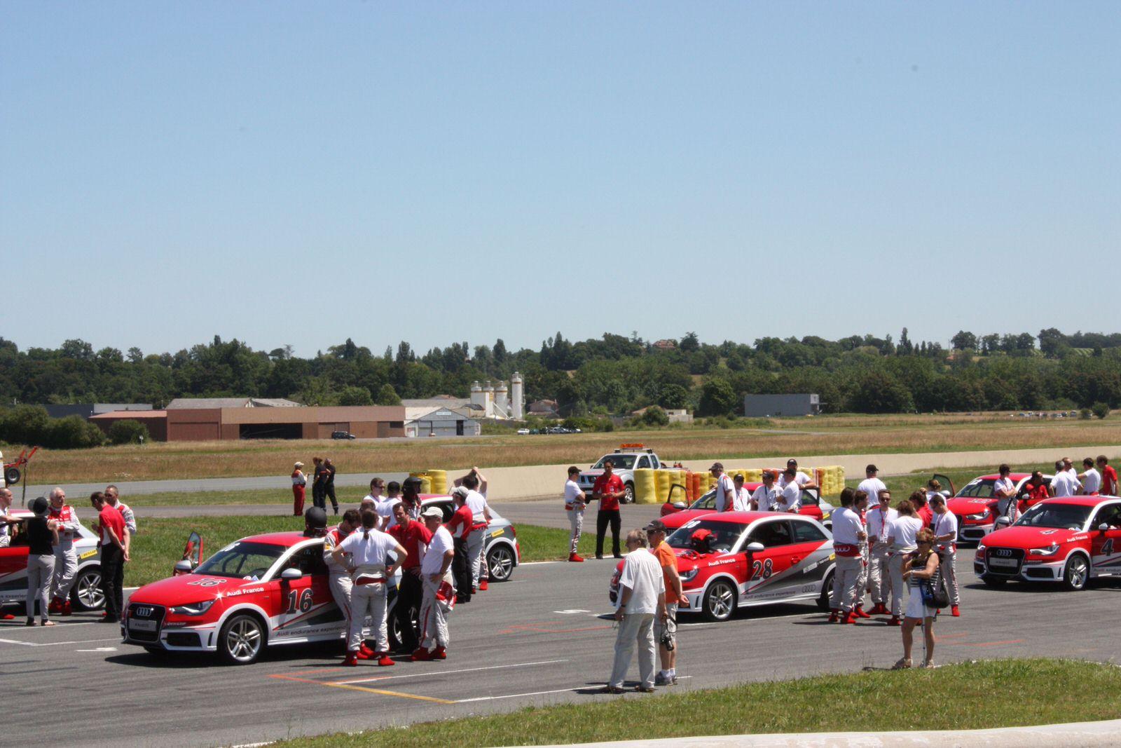 Organisation activité Course automobile sur circuit pour team-building et séminaires partout en France